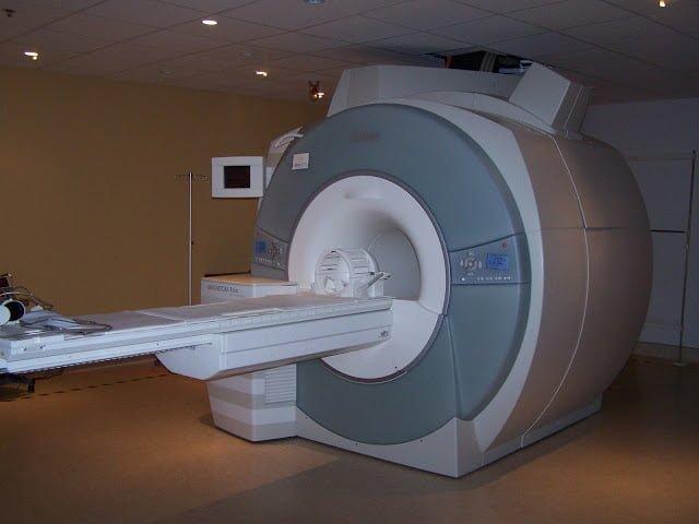Diagnostic différentiel : IRM